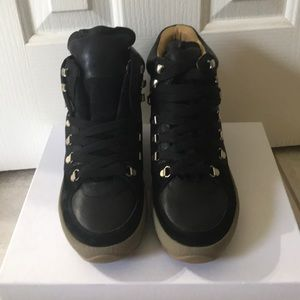 🚨ISABEL MARANT HIKING BOOTS BRAND NEW!🚨